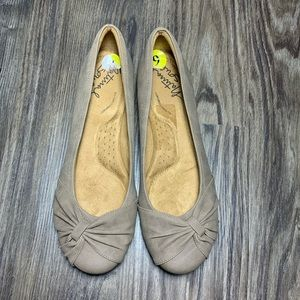 Natural Soul by Naturalizer Genie Girly Flats
